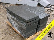Escalones de pizarra natural para construir escalones en jardines y exteriores. Pizarra escalón.
