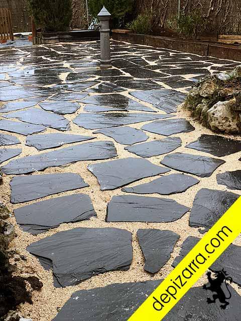 Laca de pizarra natural 35x25x1 5cm placa pizarra suelo for Suelos para jardin exterior