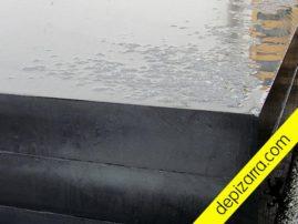 Placa de pizarra serrada de gran canto para encimeras, zonas de trabajo y lápidas.
