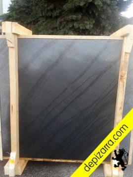 Placa de pizarra natural 120x120x3cm tratamiento superficial arenado fino.